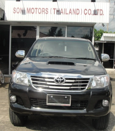 2012 Vigo Toyota Hilux front is redesigned. Available at Thailand top 4x4 delaer Jim Autos thailand