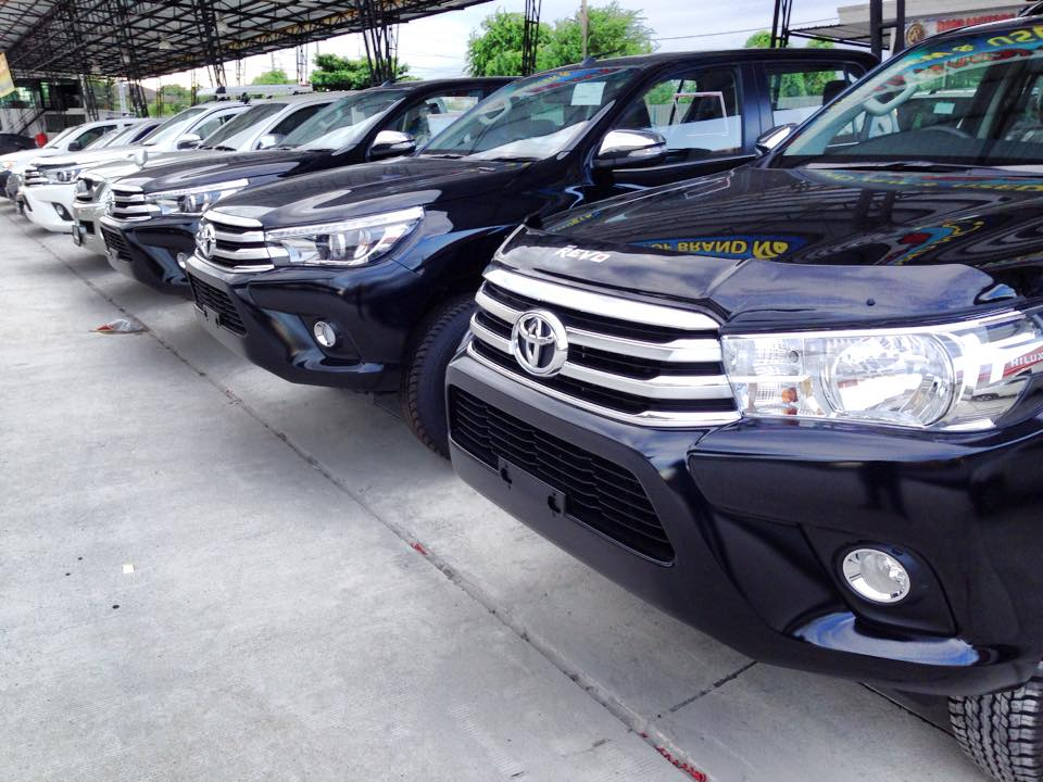 Toyota Hilux Revo Thailand Dealer and Exporter Pickup Truck