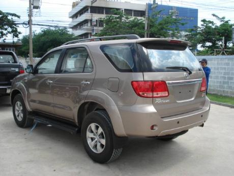new and used Toyota Fortuner - Hilux Vigo based SUV at Thailand's, Singapore's, Dubai's and UK's top new and used Toyota Vigo and Toyota Fortuner dealer Soni Motors