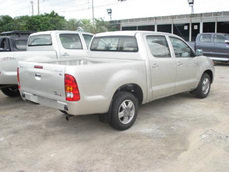 new Toyota Hilux Vigo Double Cab 4x2 E at Thailand's top Toyota Hilux Vigo</a>dealer Jim Autos Thailand