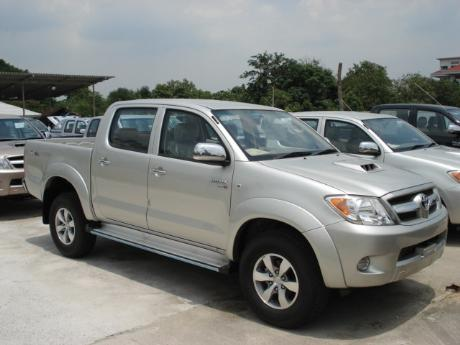 new Toyota Hilux Vigo Double Cab 4x4 E at Thailand's top Toyota Hilux Vigo</a>dealer Jim Autos Thailand