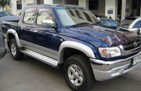 toyota 2003 sportcruiser hilux tiger get yours now at Soni